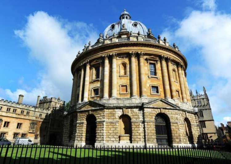 Oxford University considers foreign campus in France post