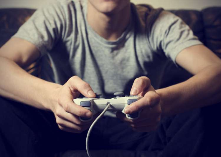 Playing video games may help to fight depression- India Tv