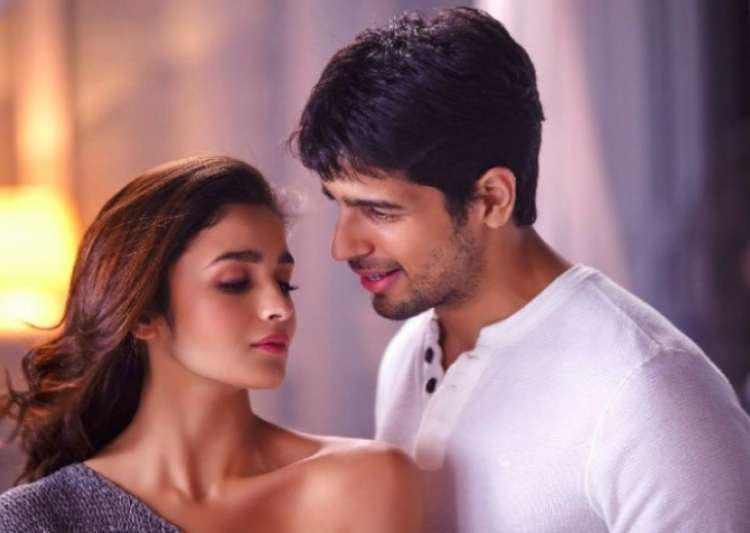 Alia Bhatt, Sidharth Malhotra- India Tv