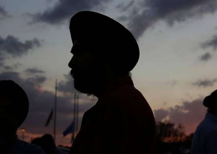Now, Sikh cabbie faces 'hate crime' in US- India Tv