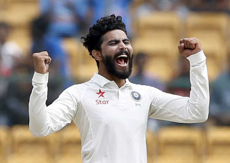 Jadeja's dazzling catch sends danger Warner back to