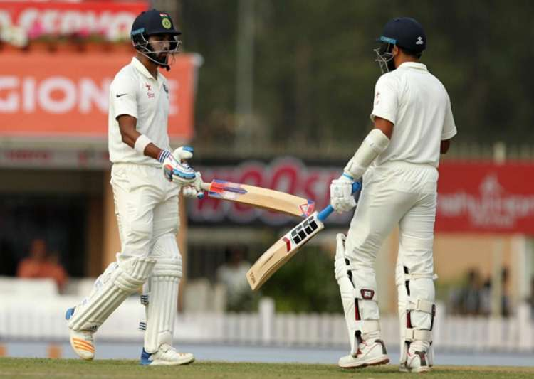 India reach 120/1 after Smith takes Australia to 451 - India Tv