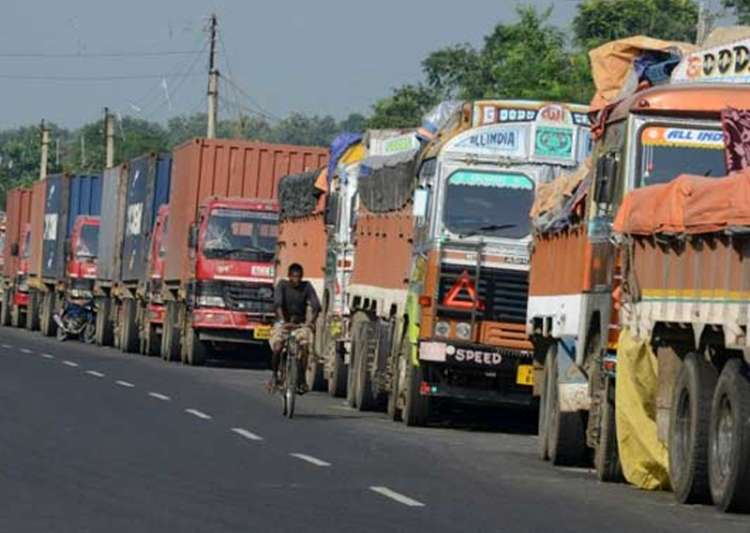 Truckers to go on indefinite strike from April 1 against- India Tv