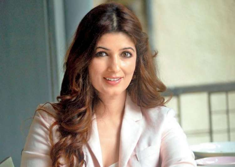 Twinkle Khanna speaks up about husband Akshay Kumar's- India Tv