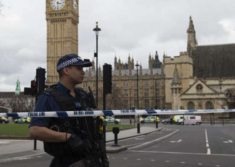 London attacker had no links ISIS or Al Qaeda: Police