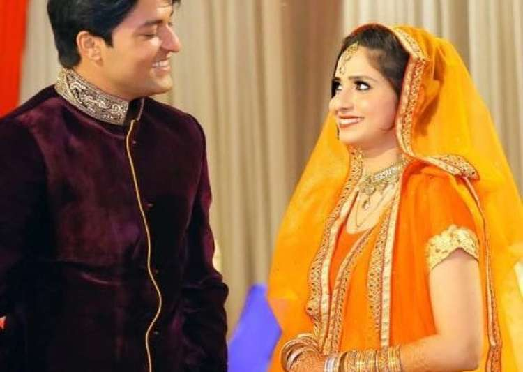 Anas Rashid gets engaged- India Tv