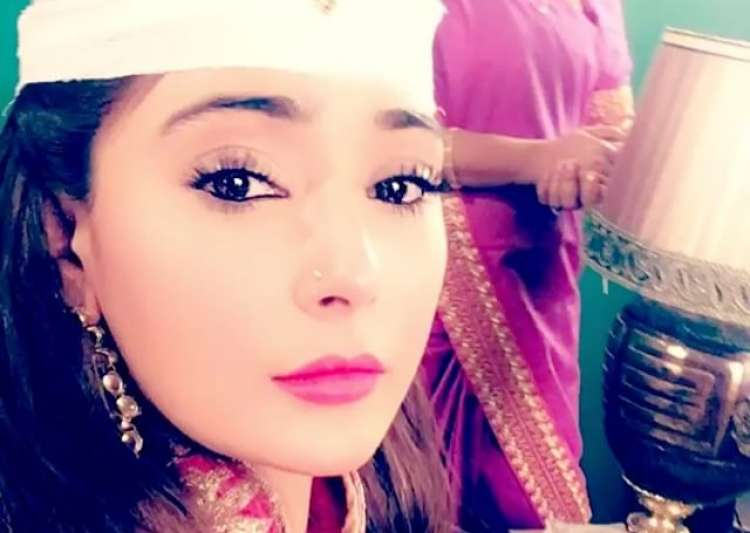 Sara Khan - India Tv
