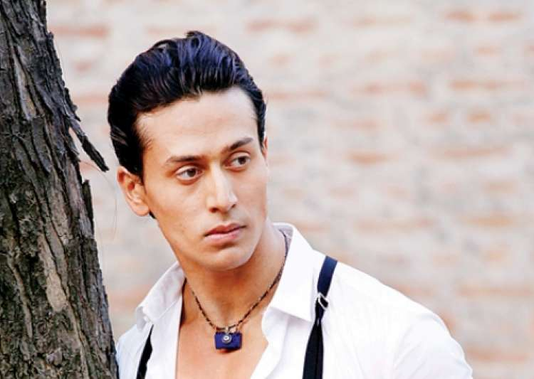 RGV attacked Tiger Shroff on Twitter- India Tv