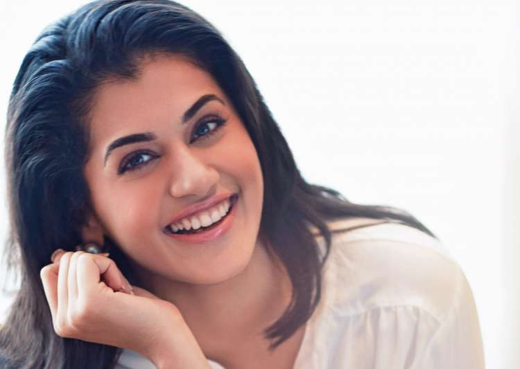 'For me, it's difficult to handle failures': Taapsee - India Tv