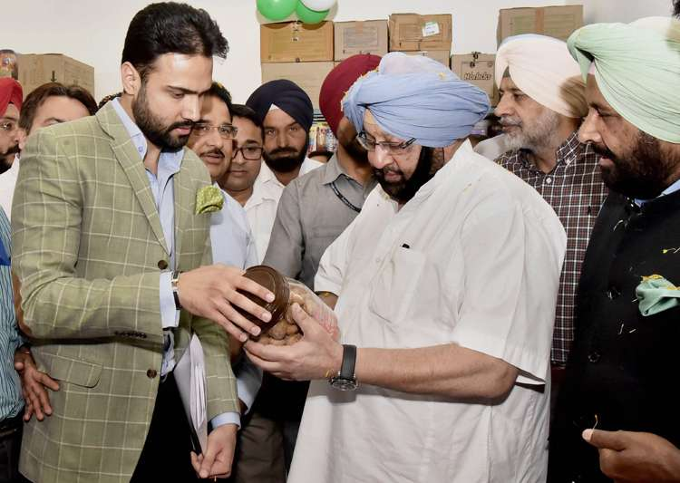 Amarinder Singh contradicts Congress on EVM tampering- India Tv