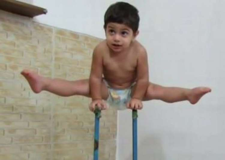 Spiderman in real life 3-year old body climbs a 10-feet- India Tv