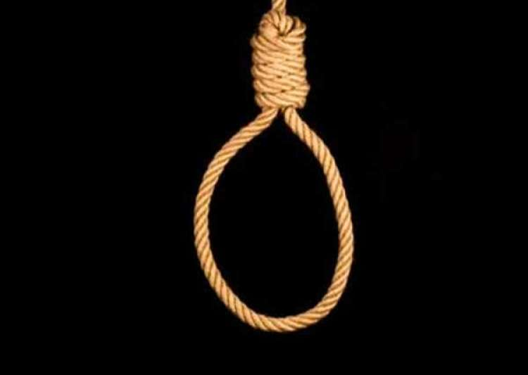 325 death row convicts in India till 2016