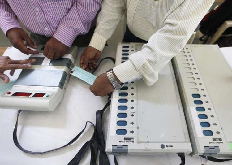 EVM tampering row: MP govt Bhind DM, SP removed; Kejriwal- India Tv
