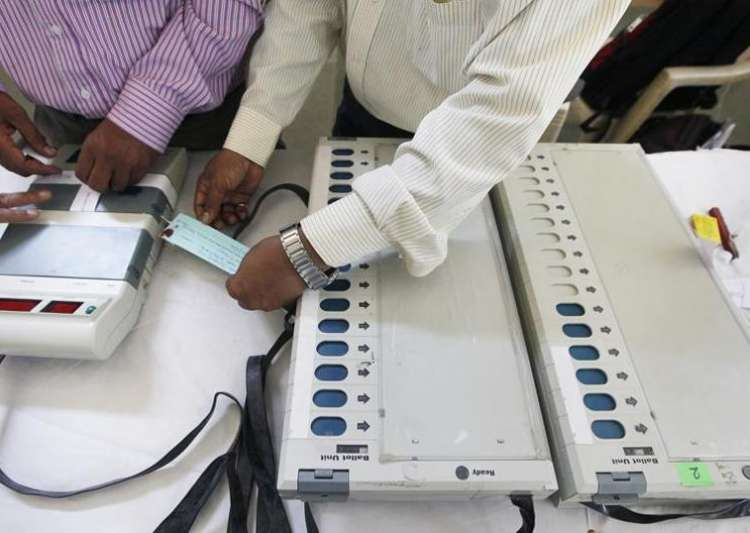Election Commission comes out with open challenge to hack- India Tv