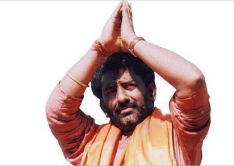 After flight-ban revoked, Ravindra Gaikwad soars in Air- India Tv