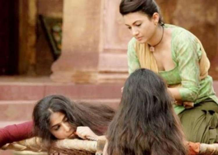 Gauahar Khan delighted with Begum Jaan response - India Tv