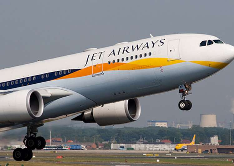 Jet's Indian pilots not to fly with foreign pilots, says- India Tv