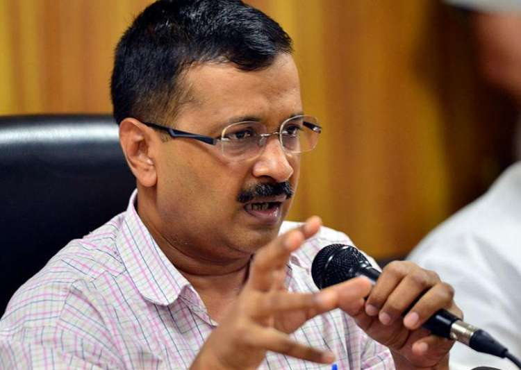 Arvind Kejriwal urges councillors not to quit