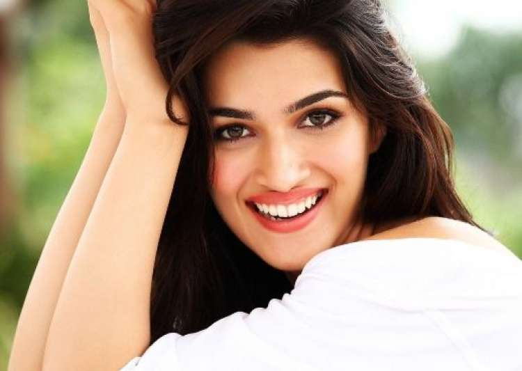 Enjoyed doing action sequences in Raabta: Kriti- India Tv