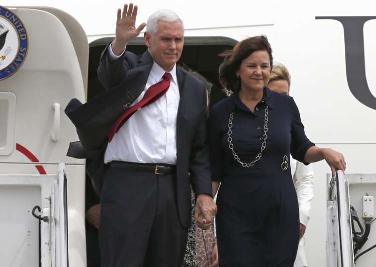 Mike Pence with his wife Karen arrive at US Navy's Atsugi- India Tv