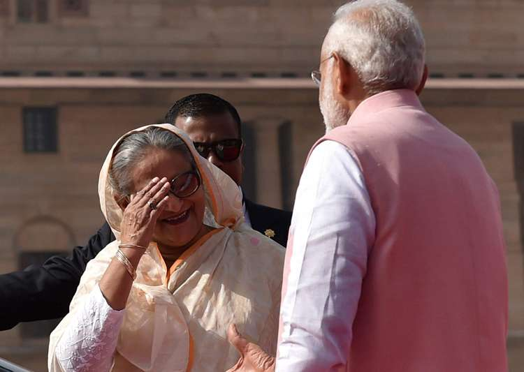 When PM Modi, Sheikh Hasina were asked to 'step down' - India Tv