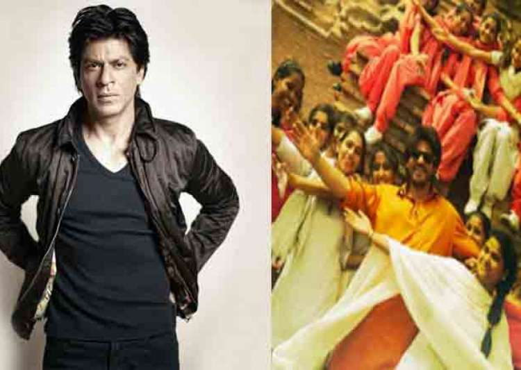 Shah Rukh Khan shares some exclusive pictures from- India Tv