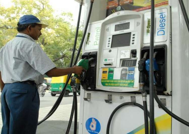 Petrol price hiked by Rs 1.39 per litre, diesel up by Rs- India Tv