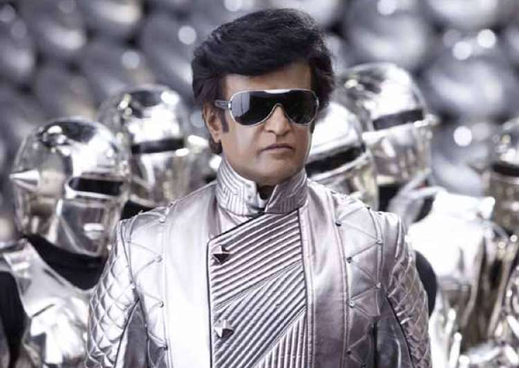 Please don't pass hurtful remarks in reviews, says Rajinikanth