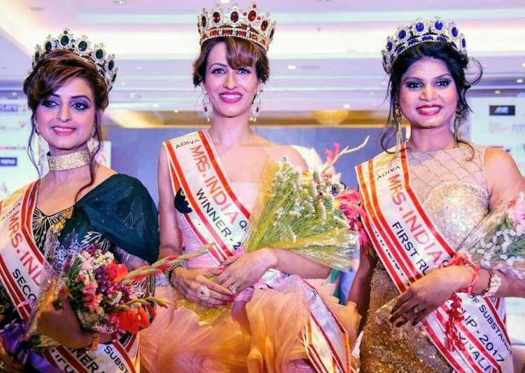 Rashmi Uppal bags 2nd runner up in Mrs India Queen- India Tv