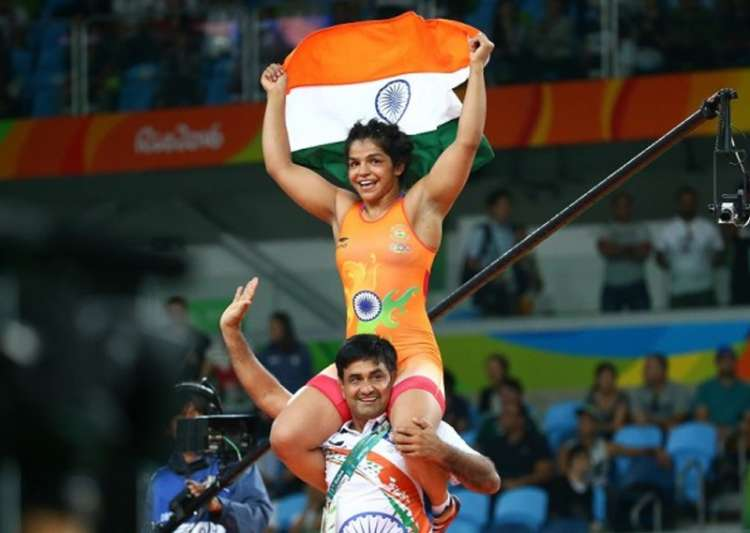 Sakshi Malik at 5th spot, Sandeep Tomar jumps to 7th in UWW- India Tv