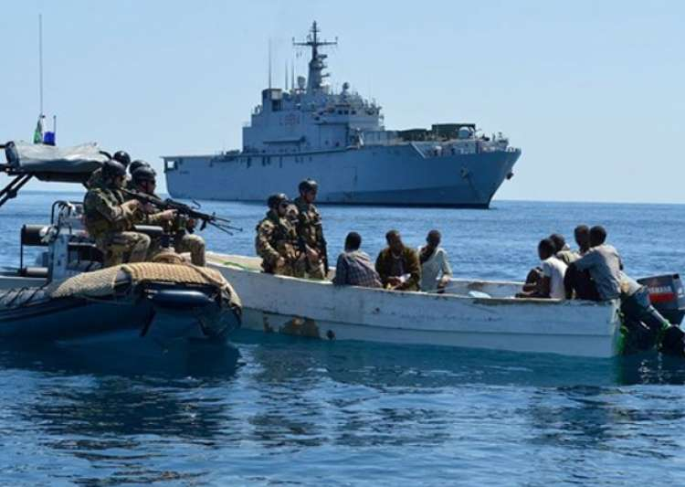 Indian ship hijacked by Somali pirates rescued, 8 of 10- India Tv