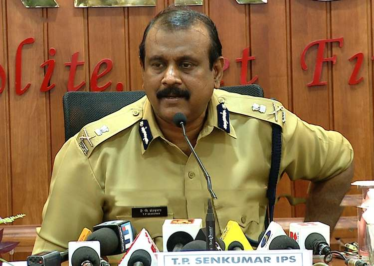 Senkumar moves SC for contempt against Kerala govt, Chief Secy