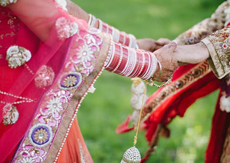 Delaying marriages in women can be good for kids' health.- India Tv