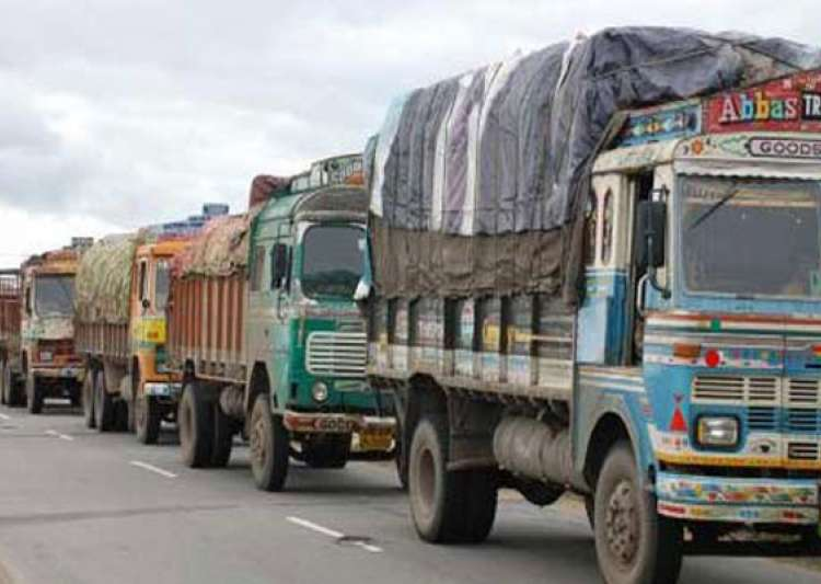 Truckers on indefinite strike against rise in insurance- India Tv
