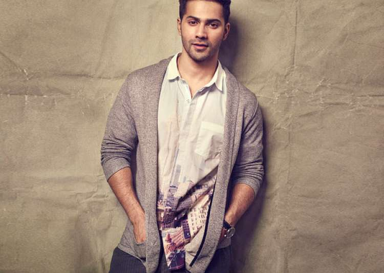 After Alia Bhatt, now Varun Dhawan will be seen in his own- India Tv