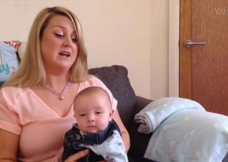 7-weeks-old baby with autism says 'hello'