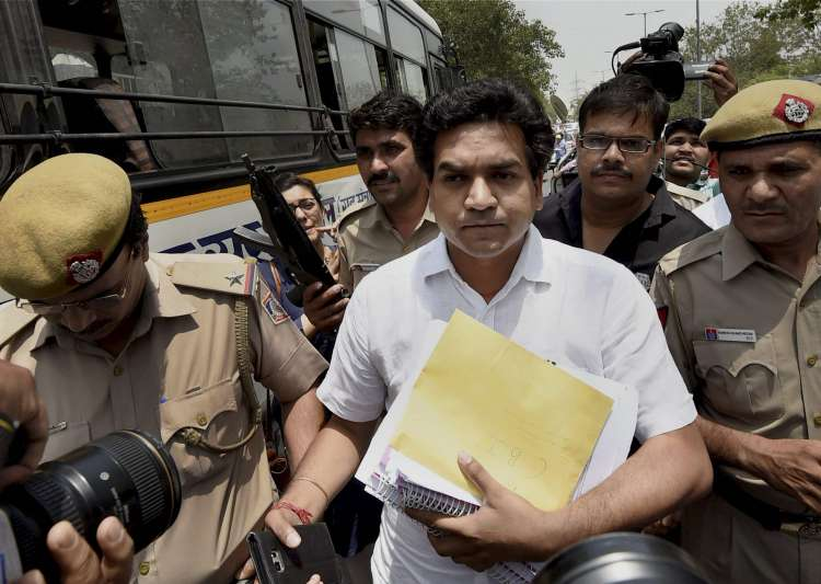 Kapil Mishra approaches CBI with 'proof' of money- India Tv