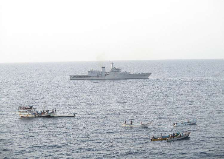 Indian Navy foils piracy attempt on Liberian vessel in Gulf- India Tv