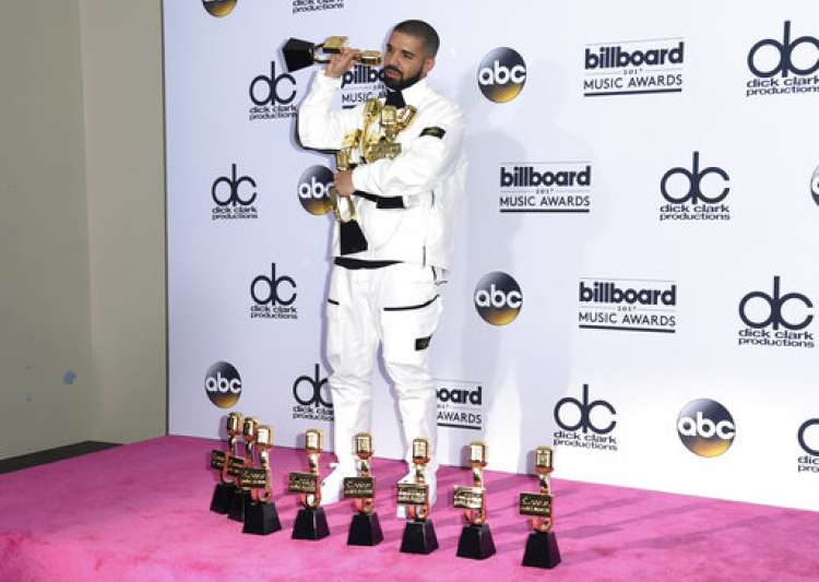Drake Smashes Adele's Record With 13 Wins At Billboard Music Awards