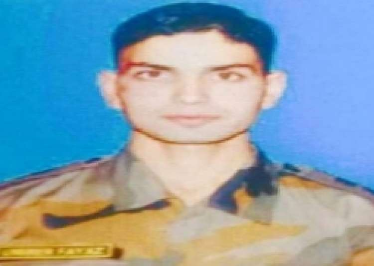 File Pic Lt. Ummer Fayaz- India Tv