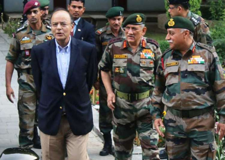 Army Chief Gen Bipin Rawat meets Jaitley, briefs him on- India Tv
