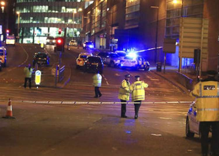 Fresh arrest in Manchester bombing raids, 12 in custody- India Tv