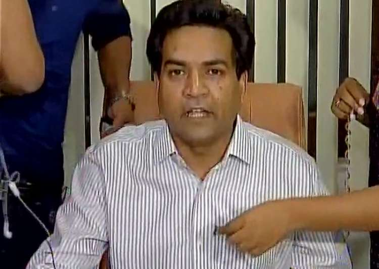 AAP leader Kapil Mishra speaks to media in Delhi on Sunday- India Tv