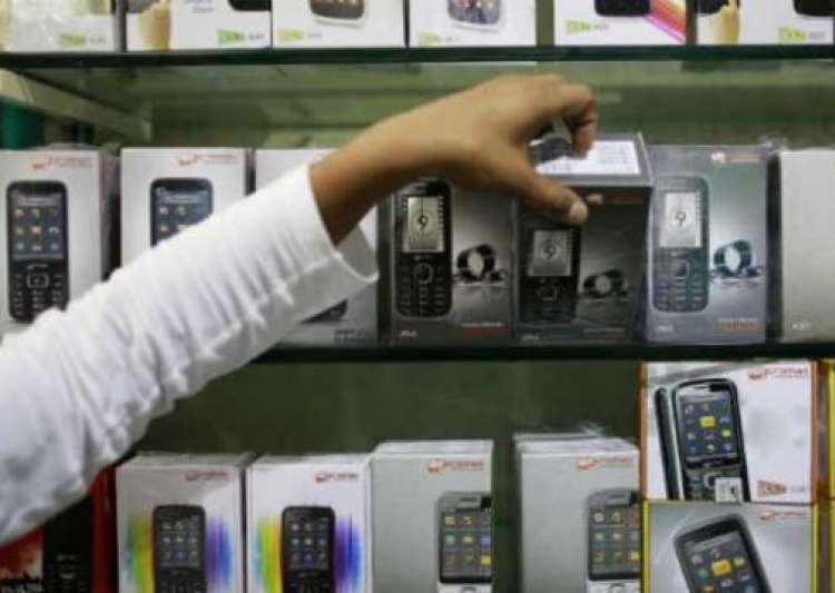Smartphones to be cheaper under GST- India Tv