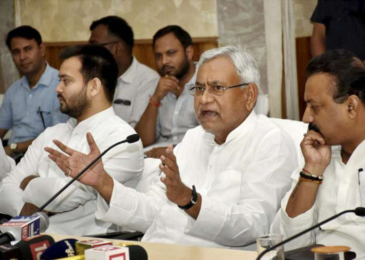 Nitish rules Bihar in alliance with Lalu's RJD and Congress- India Tv
