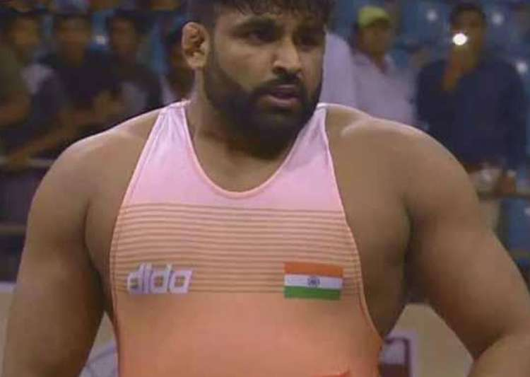Wrestler Sumit takes silver on final day of Asian
