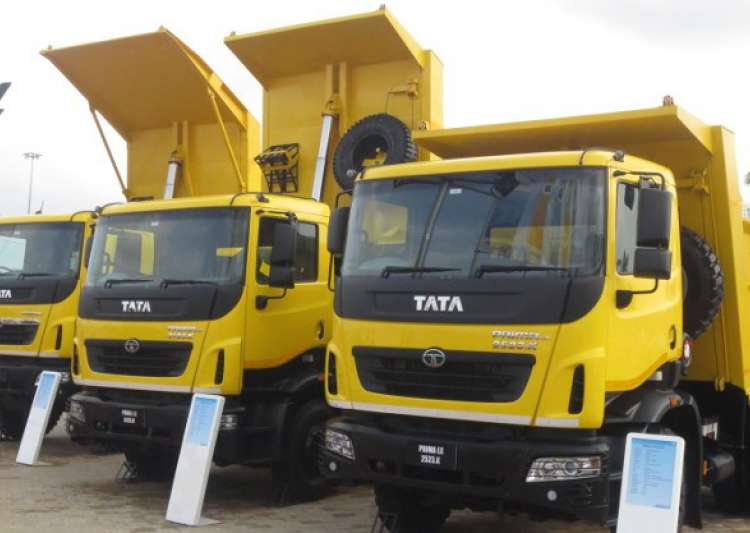 Tata Motors expects 15 pc growth in commercial vehicles- India Tv