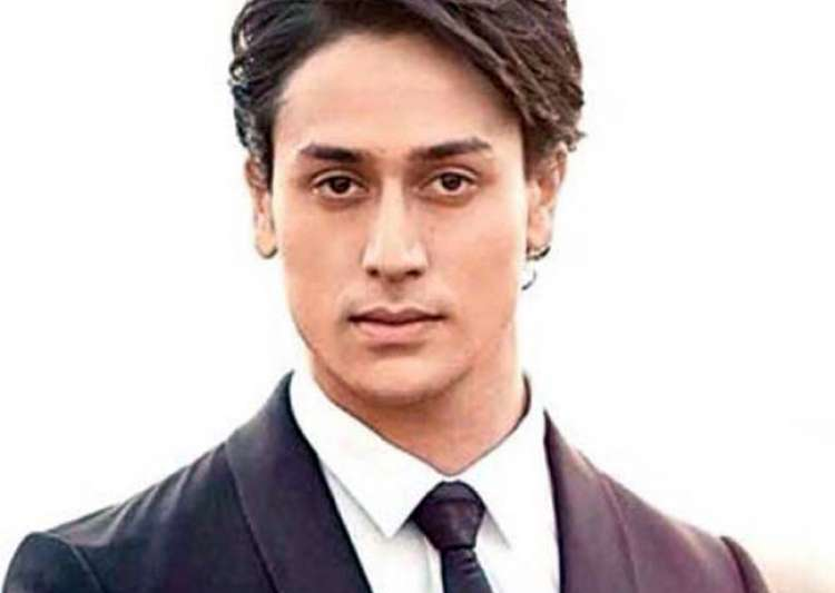 Tiger Shroff to feature in Indian remake of Rambo- India Tv