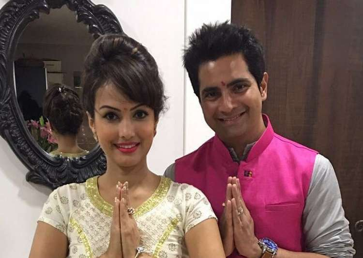 Karan Mehra and wife Nisha Rawal welcome first child, see first photo