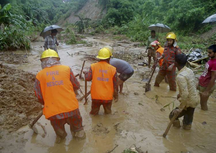 Death toll in Bangladesh landslides reaches 137 - India Tv